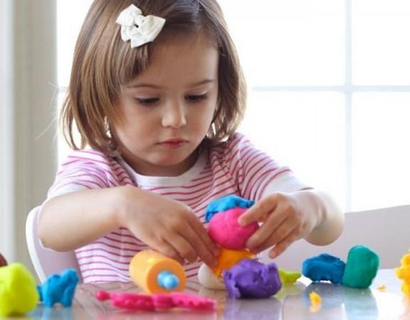 Pentingnya Mainan yang Tepat untuk Tumbuh Kembang Anak